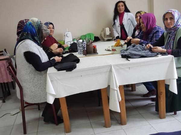 dfc4b75a313b7 Orhanlı Mahallesi Giyim Kursu Öğretmenimiz Gülçiçek ZARİÇ - Halk ...